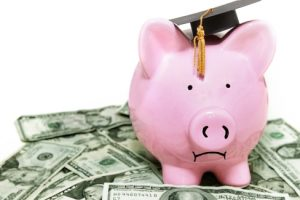 Top 8 Tips for Taking Out a Student Loan